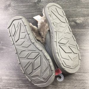 Gilligan & O'Malley Shoes - Gilligan & O'Malley Gray Faux Fur Slippers